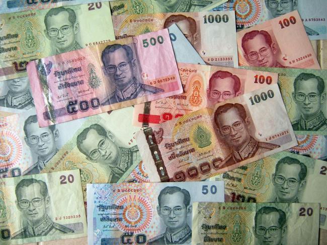 Деньги в Тайланде