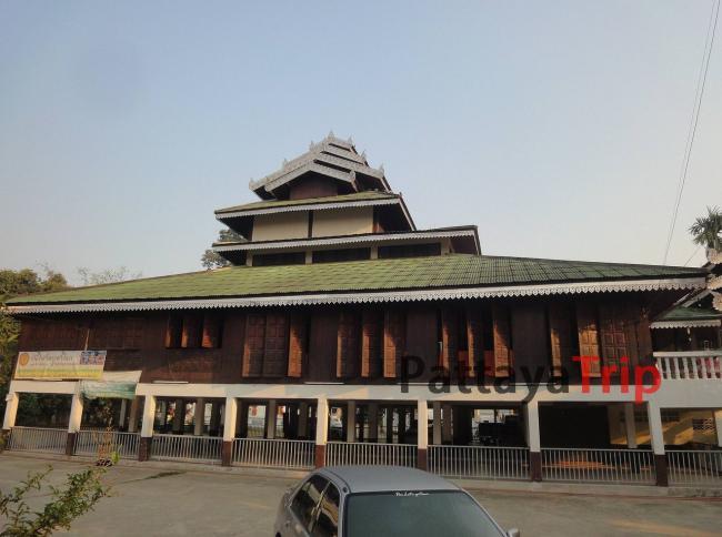Храм Wat Pakam