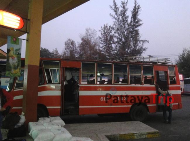 Автобус из Чианг Мая в Пай