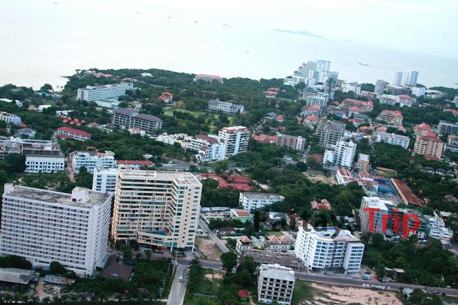 Вид на Паттайю с башни Pattaya Park