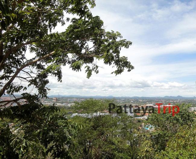 Вид со смотровой площадки Биг Будда в Паттайе