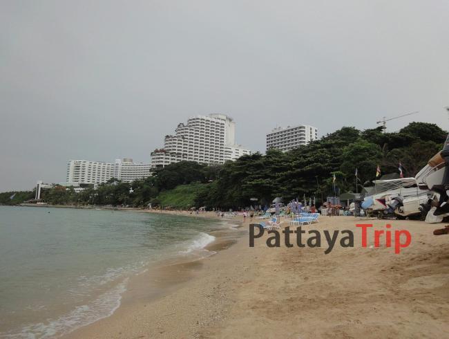 Протомнак Бич - пляж в Паттайе рядом с холмом Протомнак