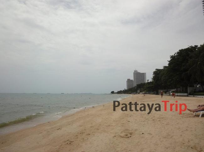 Вонгамат Бич - пляж в Паттайе в районе Наклуа