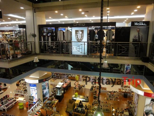 В крупных торговых центрах и гипермаркетах Паттайи можно приобрести все что угодно