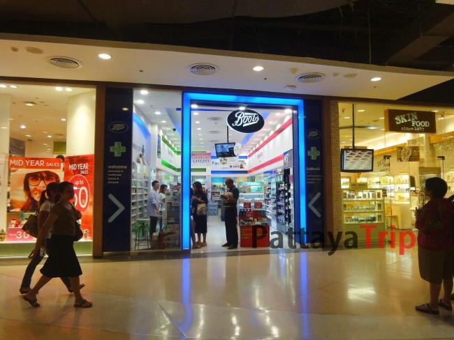 Магазин косметики Boots в Паттайе