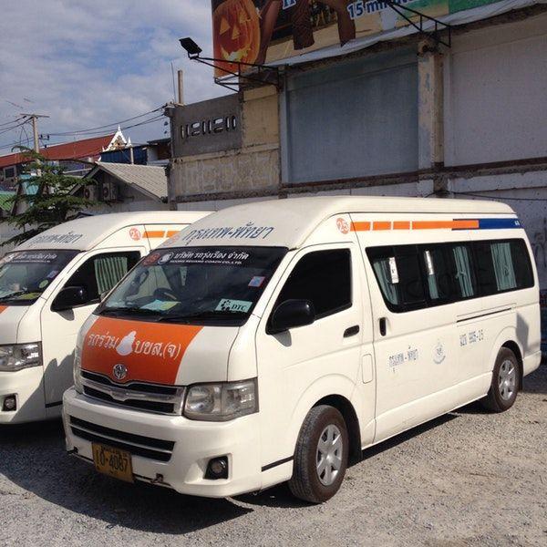 Минибас компании Pattaya Van