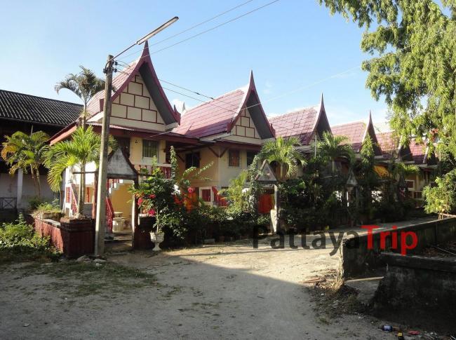 Дома монахов