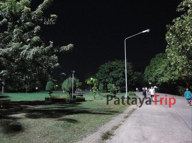 Парк Рамы IX