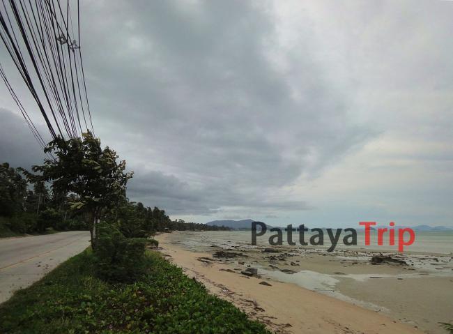 Пляж Банг Макхам