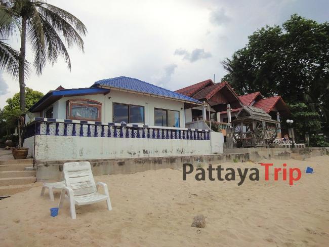 Уютный домик на побережье