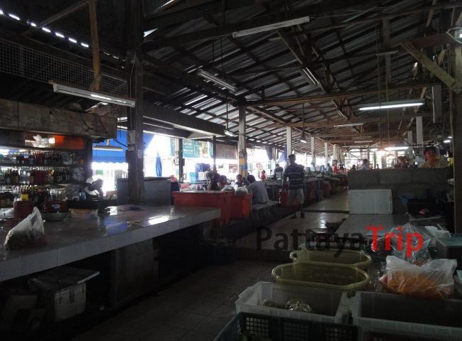 Рынок в Натоне