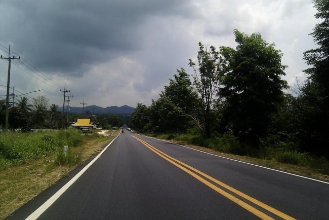 Дорога до Мабпрачана