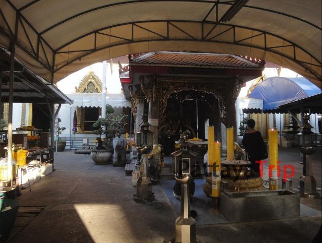 Храм Wat Chana Songkhram в Бангкоке