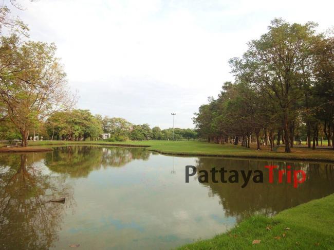 Wachirabenchathat Park в Бангкоке