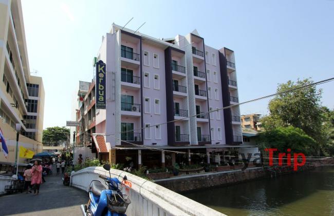 Отель Korbua House в Бангкоке