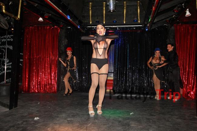 Queen's Cabaret Koh Tao