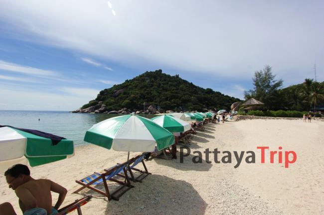 Остров Нанг Юань пляж