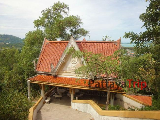 Храм Wat Koh Siray