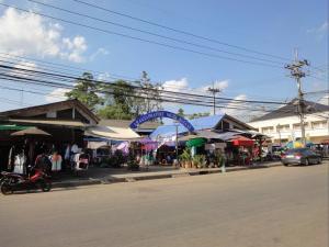 Ночной рынок в Aranyaprathet