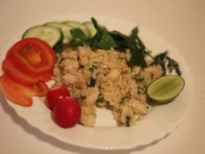 Кхао Пад Кхай - жареный рис с курицей по тайски