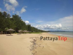 Пляж Sun Beach на острове Kho Khao