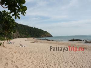 Пляж Май Пхай (Бамбу Бич) на Ланте