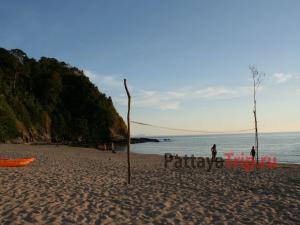 Пляж Нуй Бэй на Ко Ланте