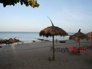Пляж Релакс Бич на Ланте