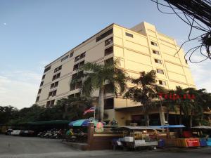 Отель за 5500 бат в месяц