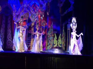 Тиффани - шоу трансвеститов в Паттайе