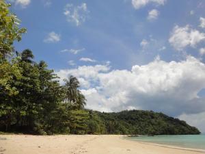Пляж на Пхи-Пхи Loh Moo Dee