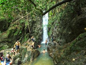 Водопад Бангпэ
