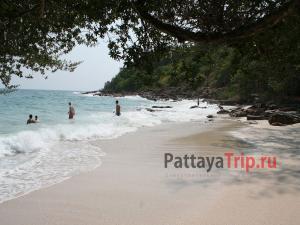 Пляж Ао Нуан на Ко Самете