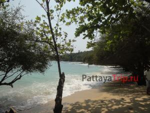 Пляж Ао Пакаранг на Ко Самете
